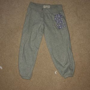 grey Capri Aeropostale sweatpants